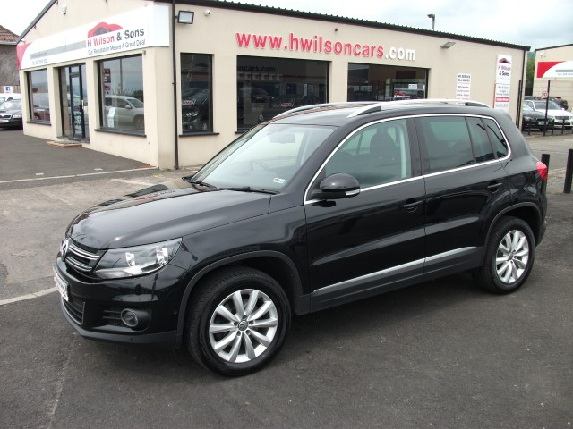 Volkswagen TIGUAN MATCH 2.0TDI 4MOTN DSG (�210 Monthly)- Self parking & Nav