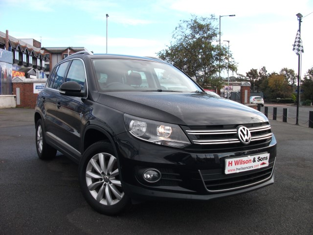 Volkswagen TIGUAN MATCH 2.0TDI 4MOTN DSG (�216 Monthly)- Self parking & Nav