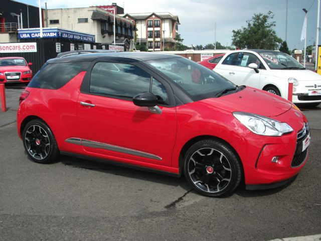 citroen ds3 1 6 vti 120 d style plus only 7658 miles. Black Bedroom Furniture Sets. Home Design Ideas